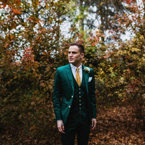costume vert mariage