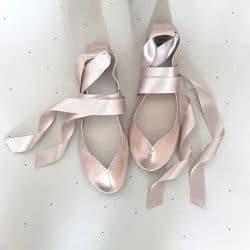 ballerine-pour-mariage-en-cuir-avec-lacet-satin