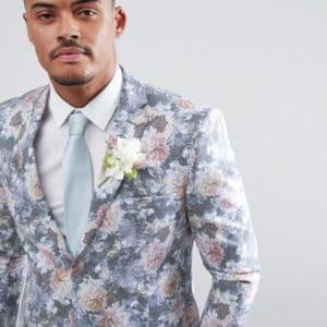 costume de mariage a fleurs