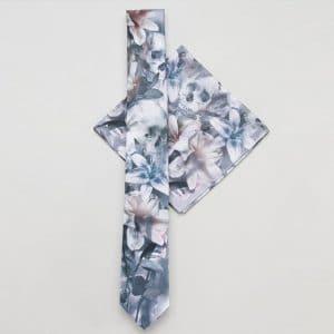cravate et pochette a fleurs mariage champetre