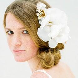grosse fleurs soie blanche