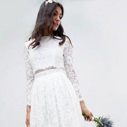 longue robe de mariee en dentelle folk
