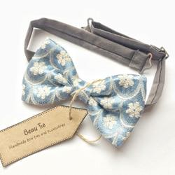 noeud papillon bleu fleurs