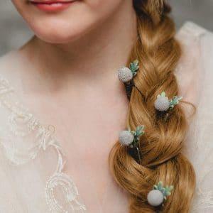pinces cheveux a fleurs en boutons