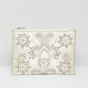 pochette mariage en perles ivoire et fleurs