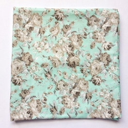 Noeud velours taupe Pochette mariage fleurs menthe