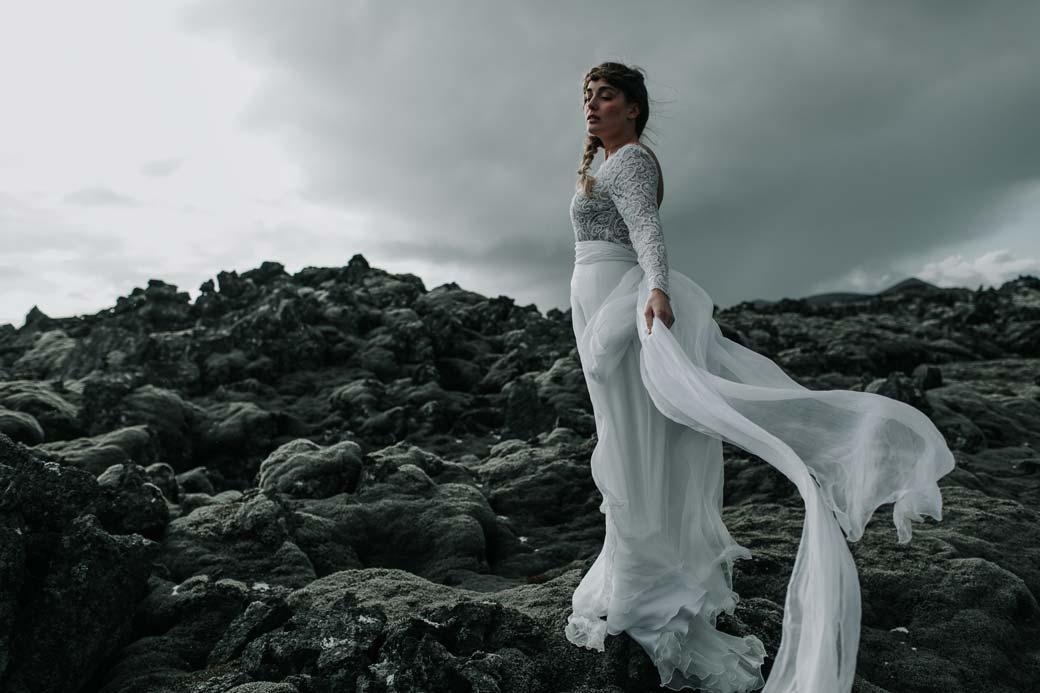 robe de mariee longue dentelle aurelie mey