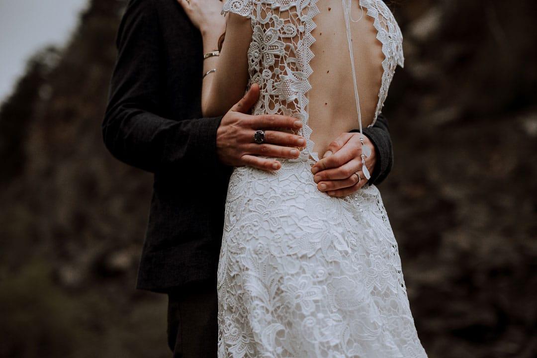 robe de mariee toute en dentelle 2019