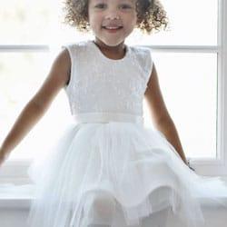 robe enfant de cortege blanche et dentelle