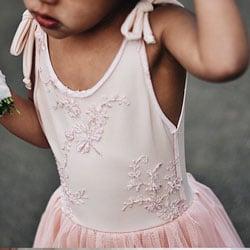 robe rose cortege enfant