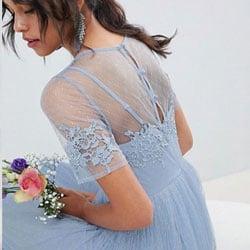 tenue demoiselle honneur bleu dentelle