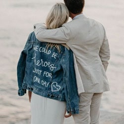 a denim jacket ecriture personalisee