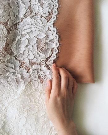 combien coute une robe de mariee en dentelle