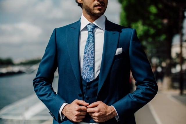 costume de marié bleu