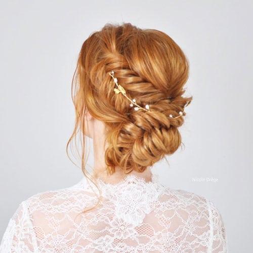 chignon de mariee avec accessoire cheveux