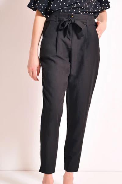 pantalon-carrotte-noir-pour-mariage