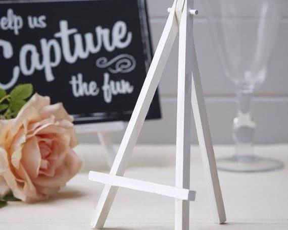 chevalet de bois pour table de mariage