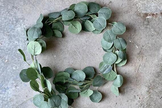 guirlande de feuilles eucalyptus pour table de mariage