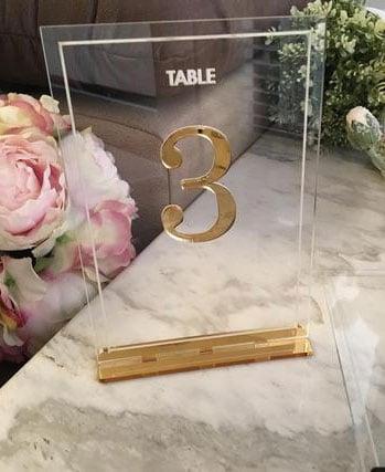 numero de table de mariage transparent or et verre