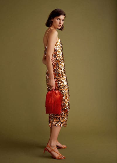 robe-invitee-de-marige-sequin-orange-dore
