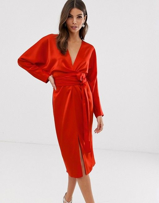 robe rouge mariage invitee mariage manche longue satin
