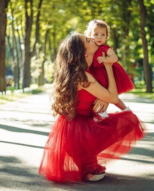 robe-rouge-vif-mariage