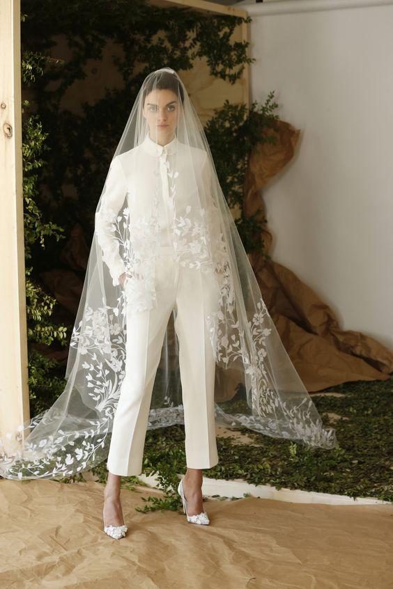 pantalon de mariee et long voile