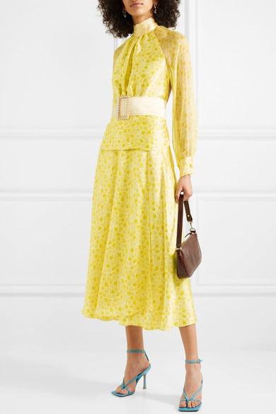 robe jaune pastel à fleurs pour mariage tenue mariage femme 50 ans