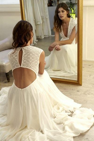 robe-mariée-dos-nu-inversé