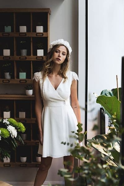 robe-mariée-courte-simple