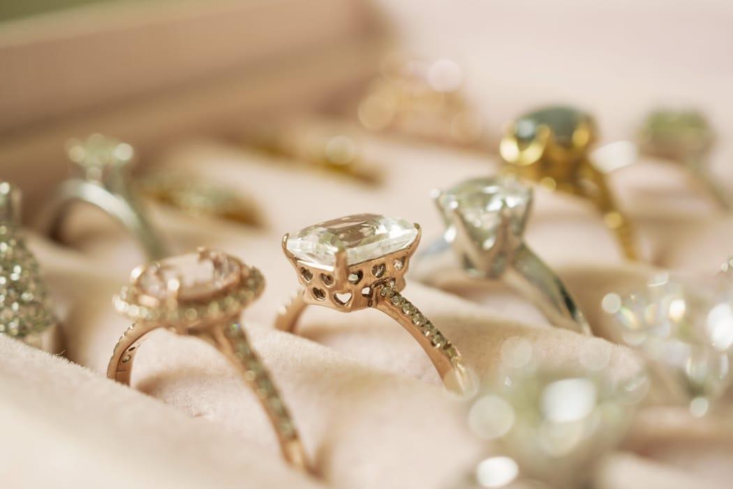 5 bijoux anciens à porter pour son mariage