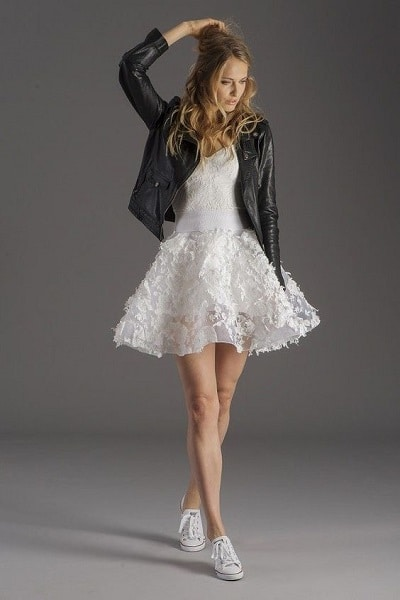 robe-mariée-originale-courte