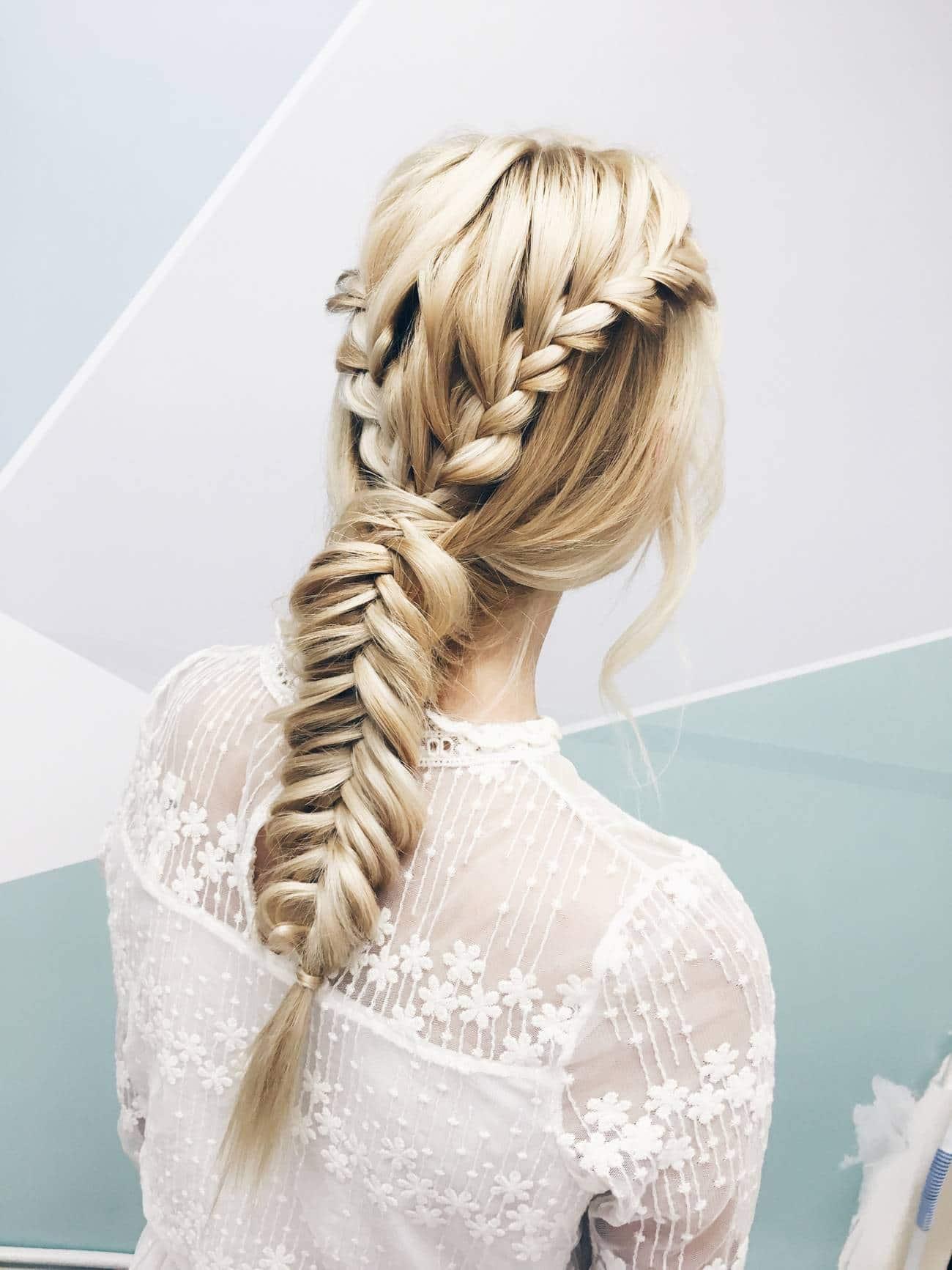 10 coiffures de mariage pour cheveux longs