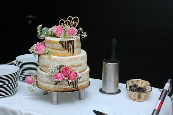 pièce montée de mariage en gâteau