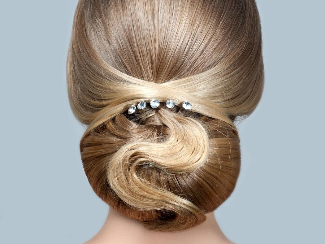 coiffures sur cheveux lisses parfaites pour mariage